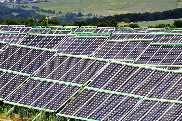 How to increase the amount of electricity generated by household distributed photovoltaic power plants?